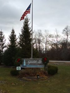 the sign for grosse ile township