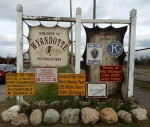 city of wyandotte signs