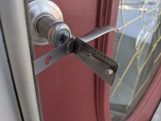 detroit-locksmith-rekey-lockout-Lock-pick-Lishi-1kwickset.jpg